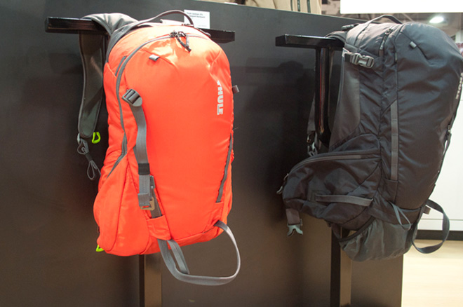 thule-upslope-backpack-01